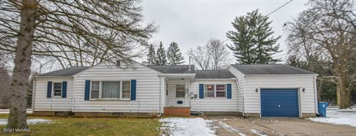 Photo of 105 W Clarke Avenue, Coldwater, MI 49036 (MLS # 21001045)