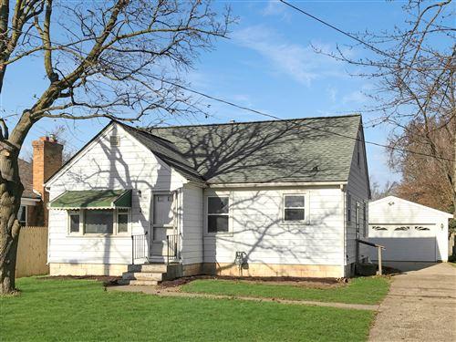 Photo of 53 Cameron Street SE, Grand Rapids, MI 49548 (MLS # 21112045)
