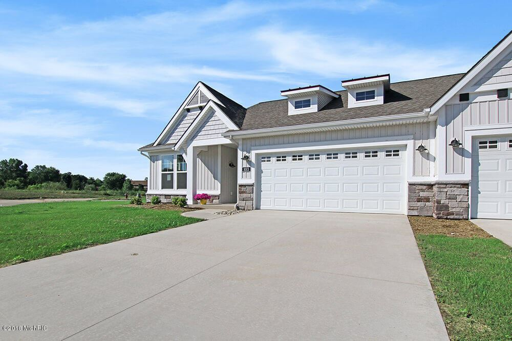 1013 NW South Cove Circle N #7, Whitehall, MI 49461 - MLS#: 18004049