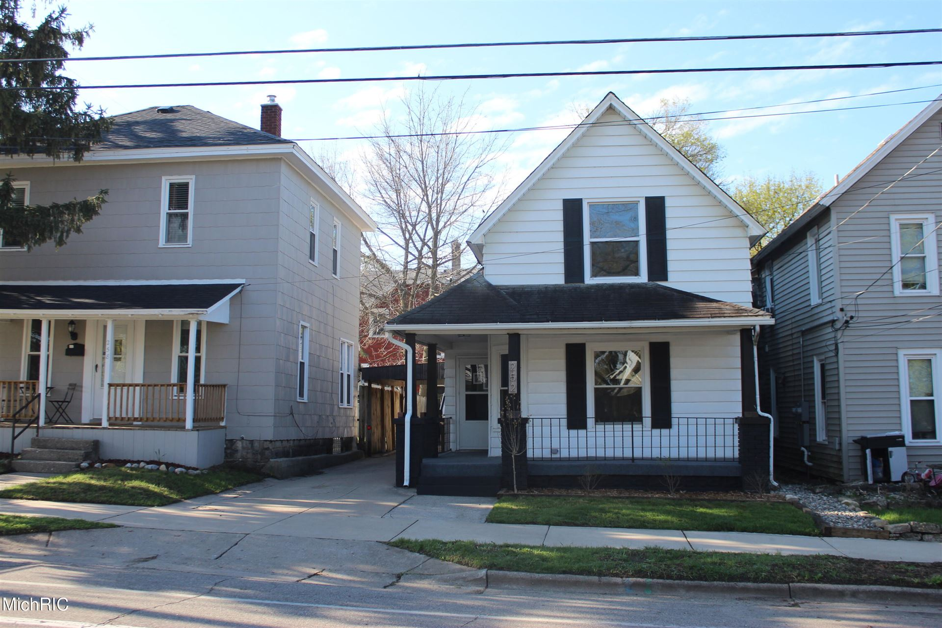 252 Ann Street NE, Grand Rapids, MI 49505 - MLS#: 21012050