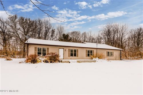 Photo of 3669 Thar Road, Coloma, MI 49038 (MLS # 21002053)