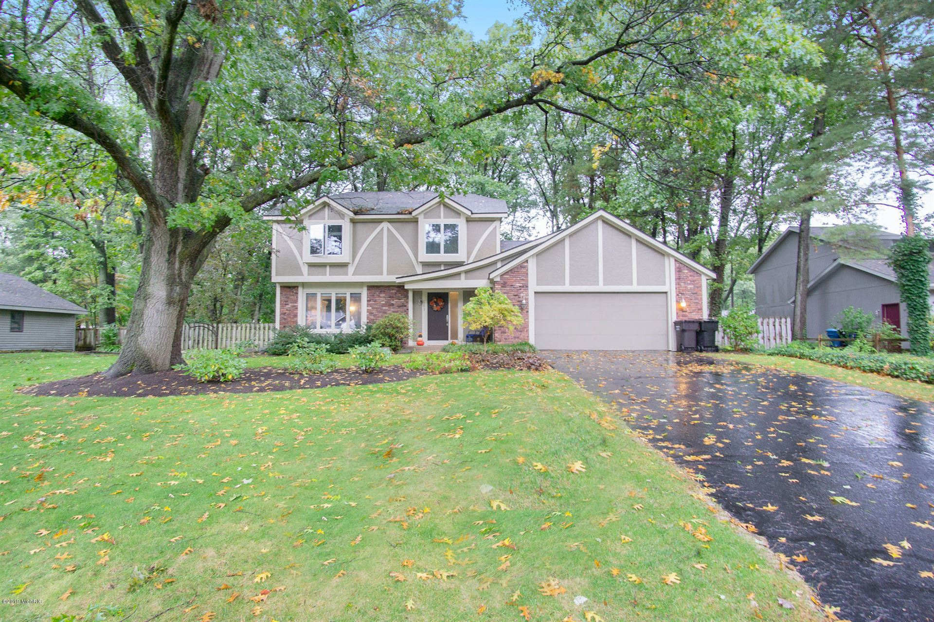 Photo for 741 Old Town Road, Holland, MI 49424 (MLS # 19051058)
