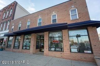 Photo of 44 N Howell Street, Hillsdale, MI 49242 (MLS # 18059065)