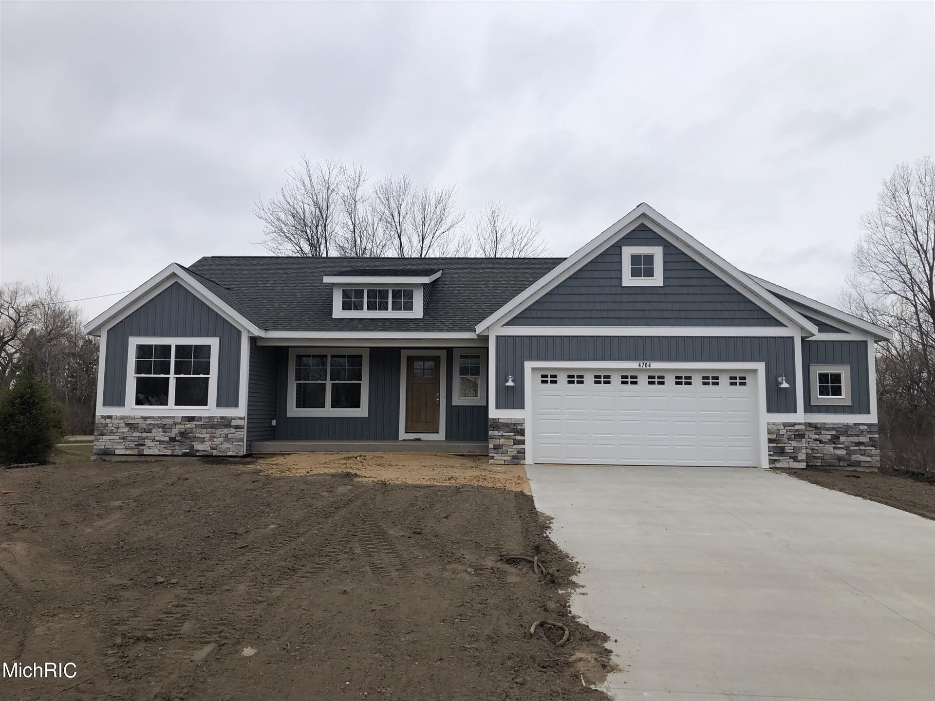 4704 West Lake Drive #Lot 1, Holland, MI 49423 - MLS#: 20043070
