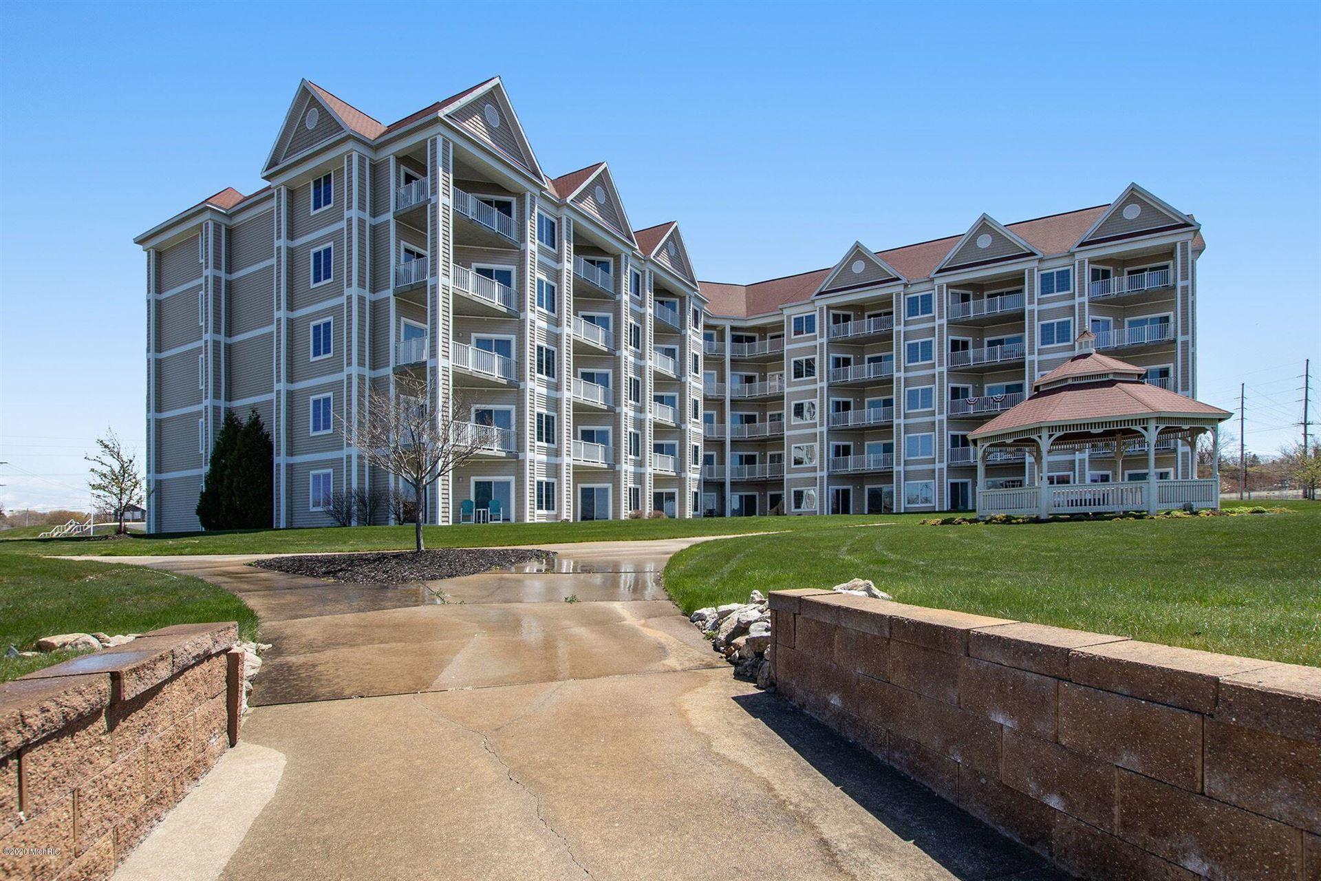 256 Lakeside Drive, Ludington, MI 49431 - MLS#: 19040081