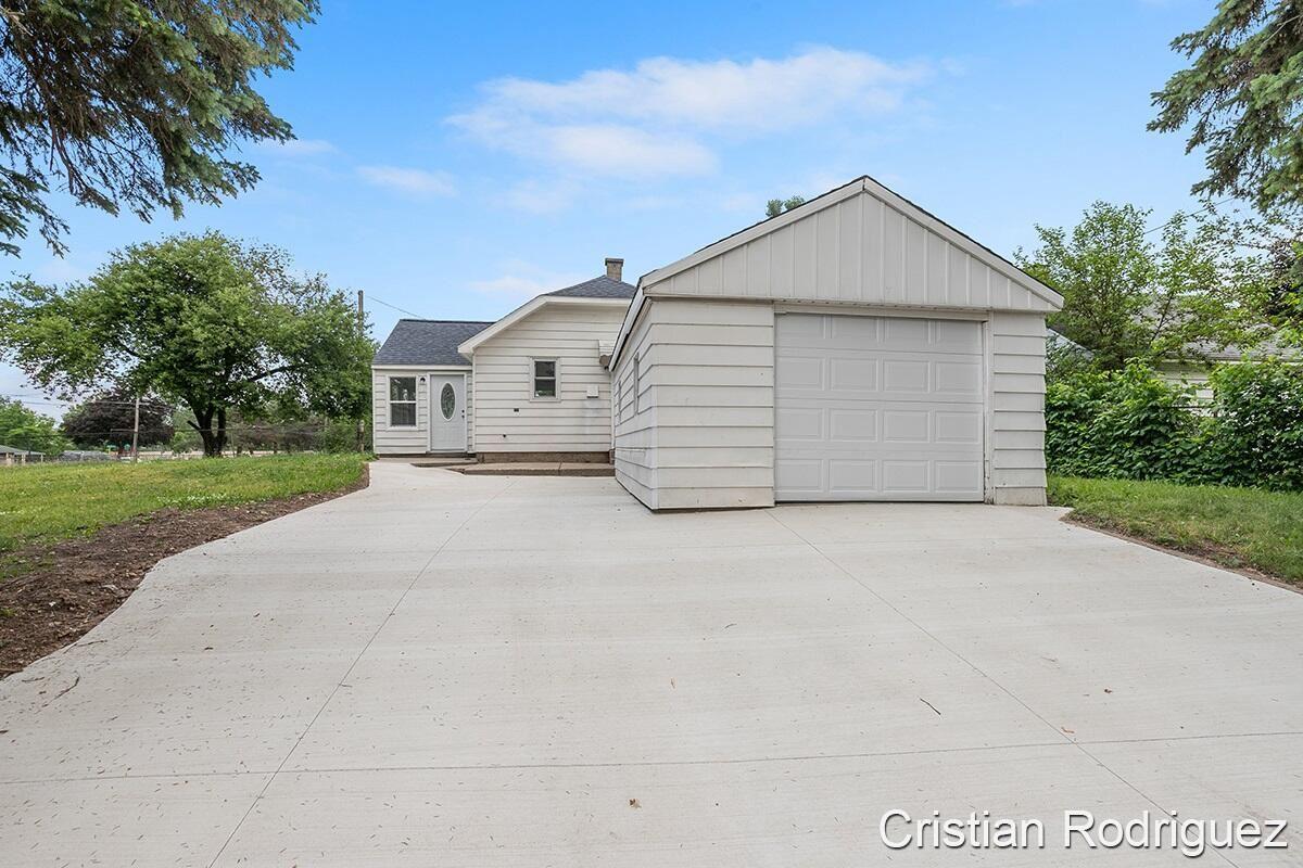 1712 Blandford Avenue SW, Wyoming, MI 49519 - MLS#: 21022082