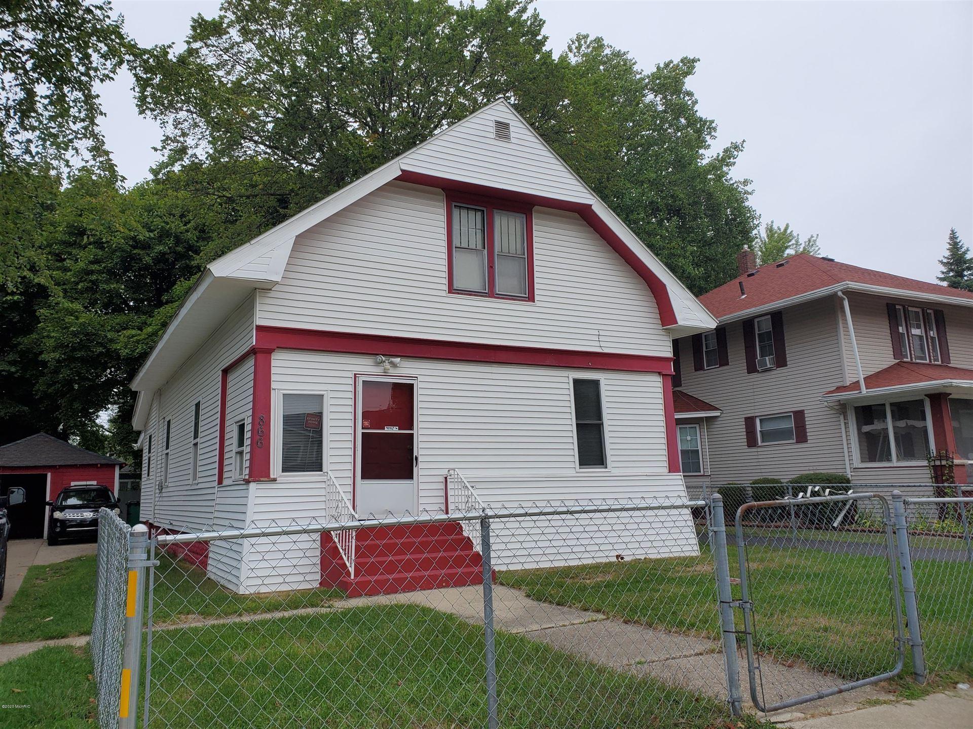 866 Columbus Avenue, Benton Harbor, MI 49022 - MLS#: 20038084