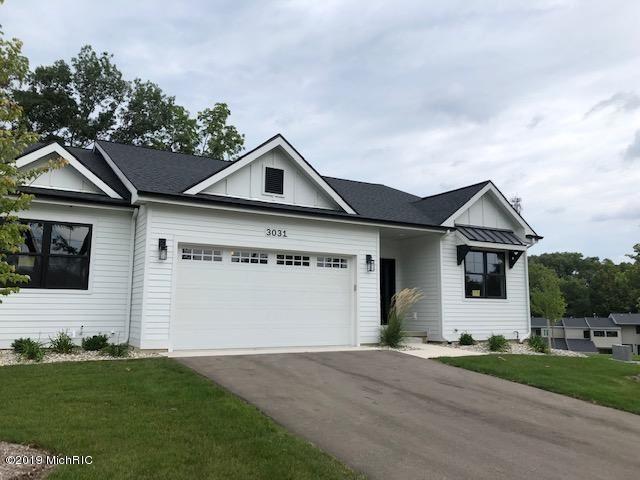 3031 West Bluffs Drive SE #1, Grand Rapids, MI 49546 - #: 19046086