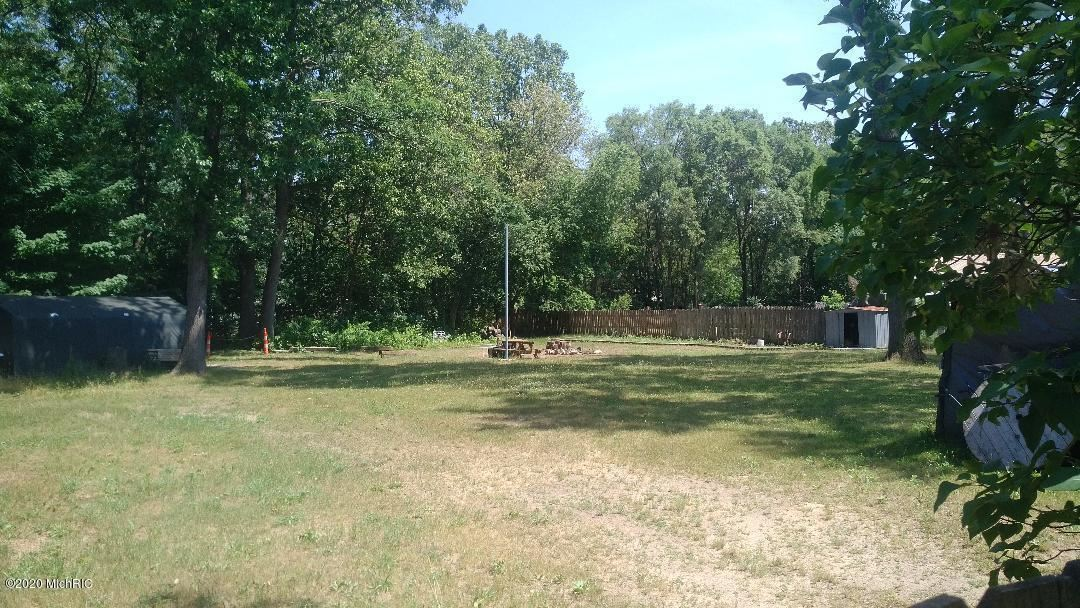 Photo of 598 S S Wolf Lake Road, Muskegon, MI 49442 (MLS # 20025087)