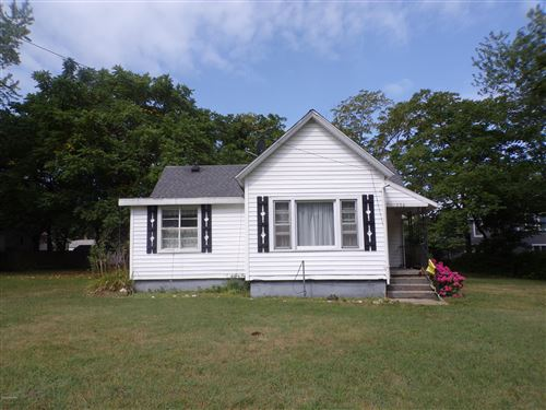 Photo of 756 Indiana Avenue, South Haven, MI 49090 (MLS # 20031090)