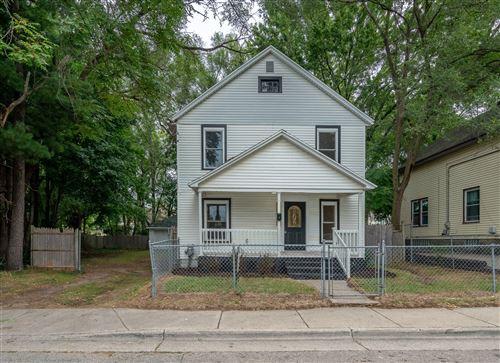 Photo of 1025 Toren Street SE, Grand Rapids, MI 49507 (MLS # 21107090)