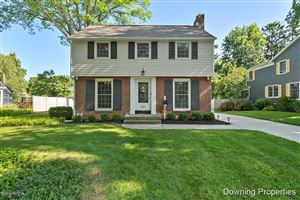 Photo of 2723 Oakwood Drive SE, East Grand Rapids, MI 49506 (MLS # 19035091)