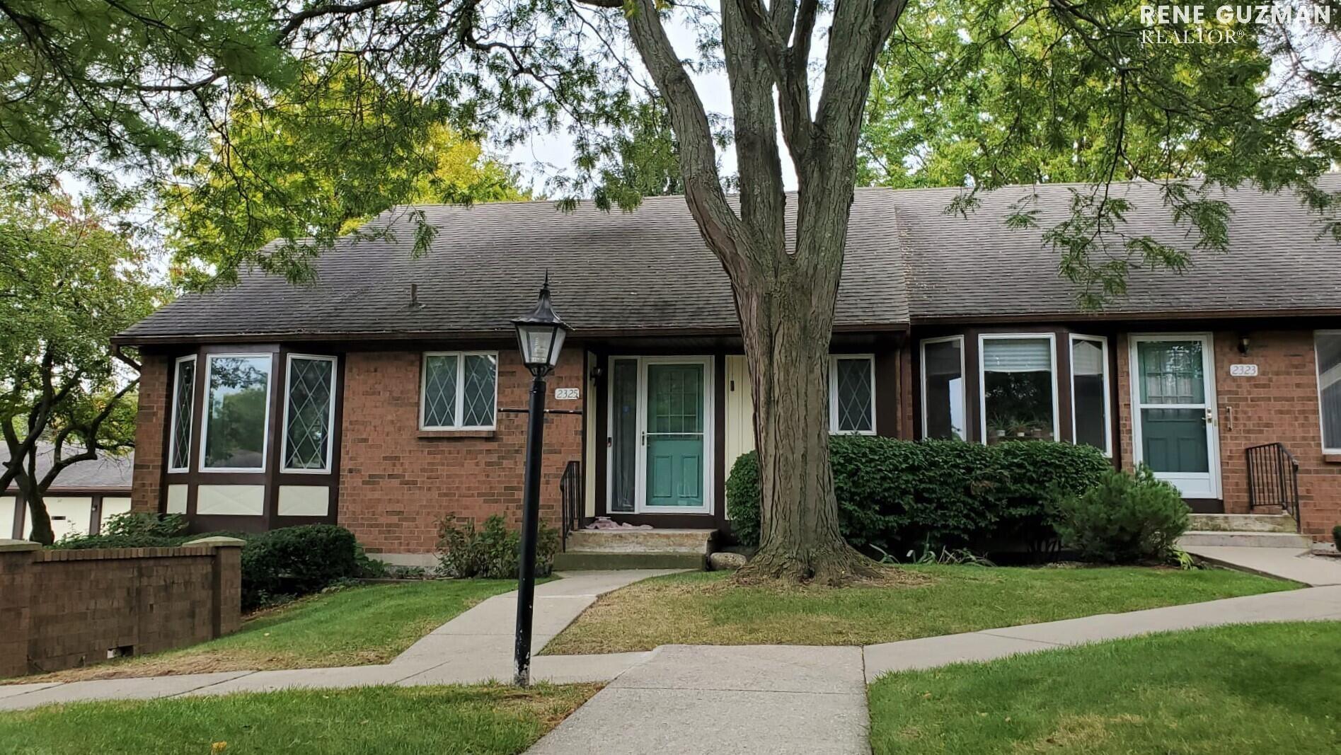 2325 Radcliff Village Drive SE, Grand Rapids, MI 49546 - MLS#: 21110091