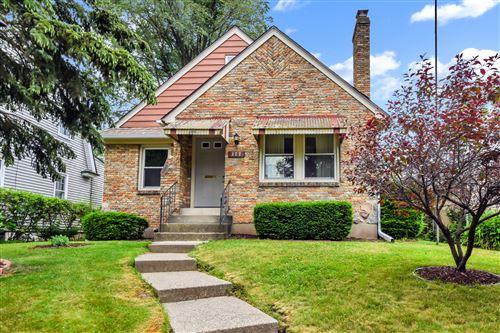 Photo of 377 Scott Avenue NW, Grand Rapids, MI 49504 (MLS # 21022092)