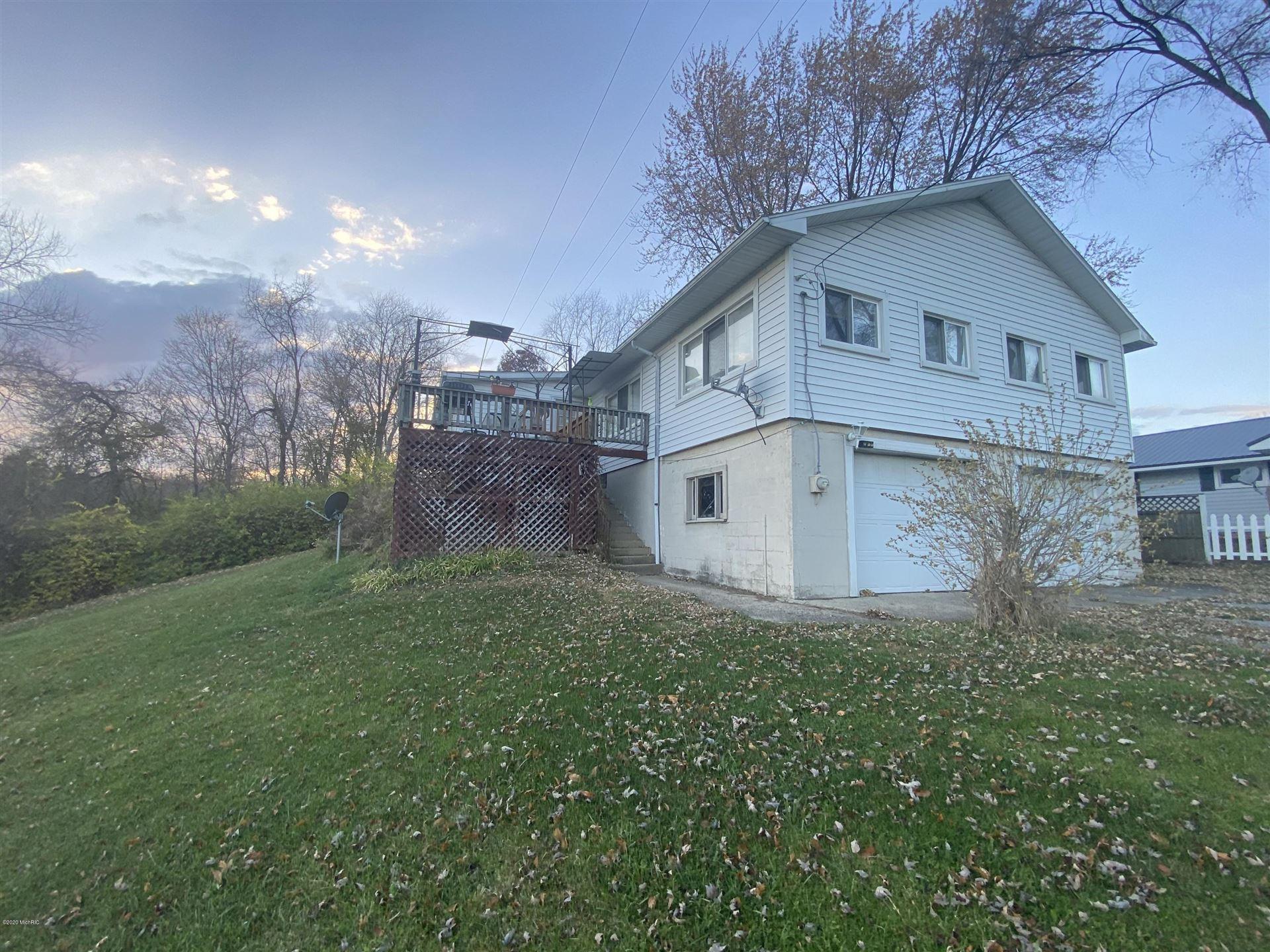 7282 Lakeview Drive, Hillsdale, MI 49242 - MLS#: 20049092