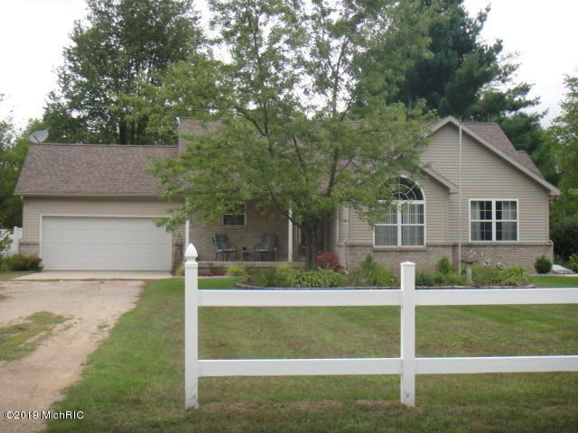 865 18 Mile Road, Kent City, MI 49330 - #: 19045094