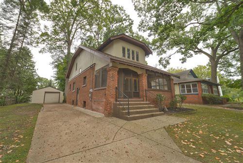 Photo of 519 Greenwood Avenue SE, East Grand Rapids, MI 49506 (MLS # 21107096)