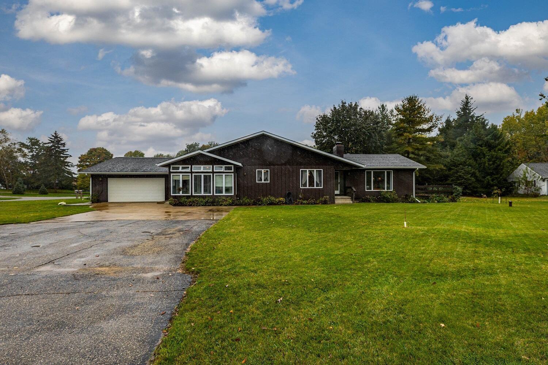 8253 Peninsula Drive #21, Canadian Lakes, MI 49346 - MLS#: 21111097