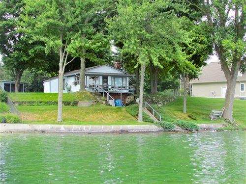 Photo of 635 Pearl Beach Drive, Coldwater, MI 49036 (MLS # 21015109)