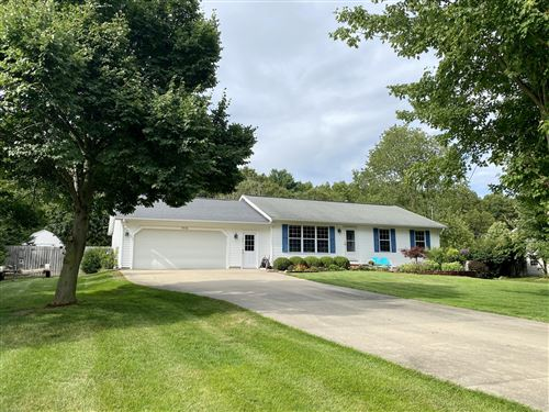 Photo of 15131 Meadows Drive, Grand Haven, MI 49417 (MLS # 20032113)