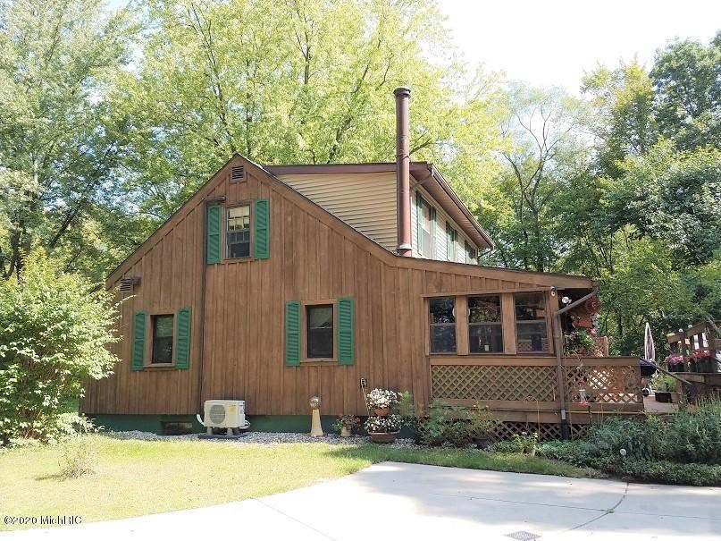 25731 US 12, Edwardsburg, MI 49112 - MLS#: 20041118