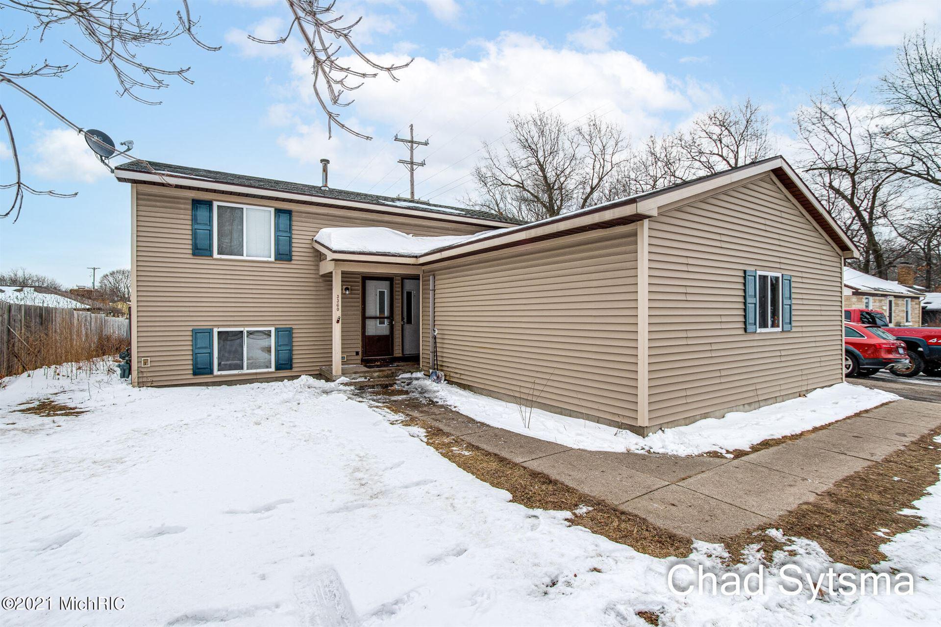 3362 Burlingame Avenue SW, Wyoming, MI 49509 - MLS#: 21004119