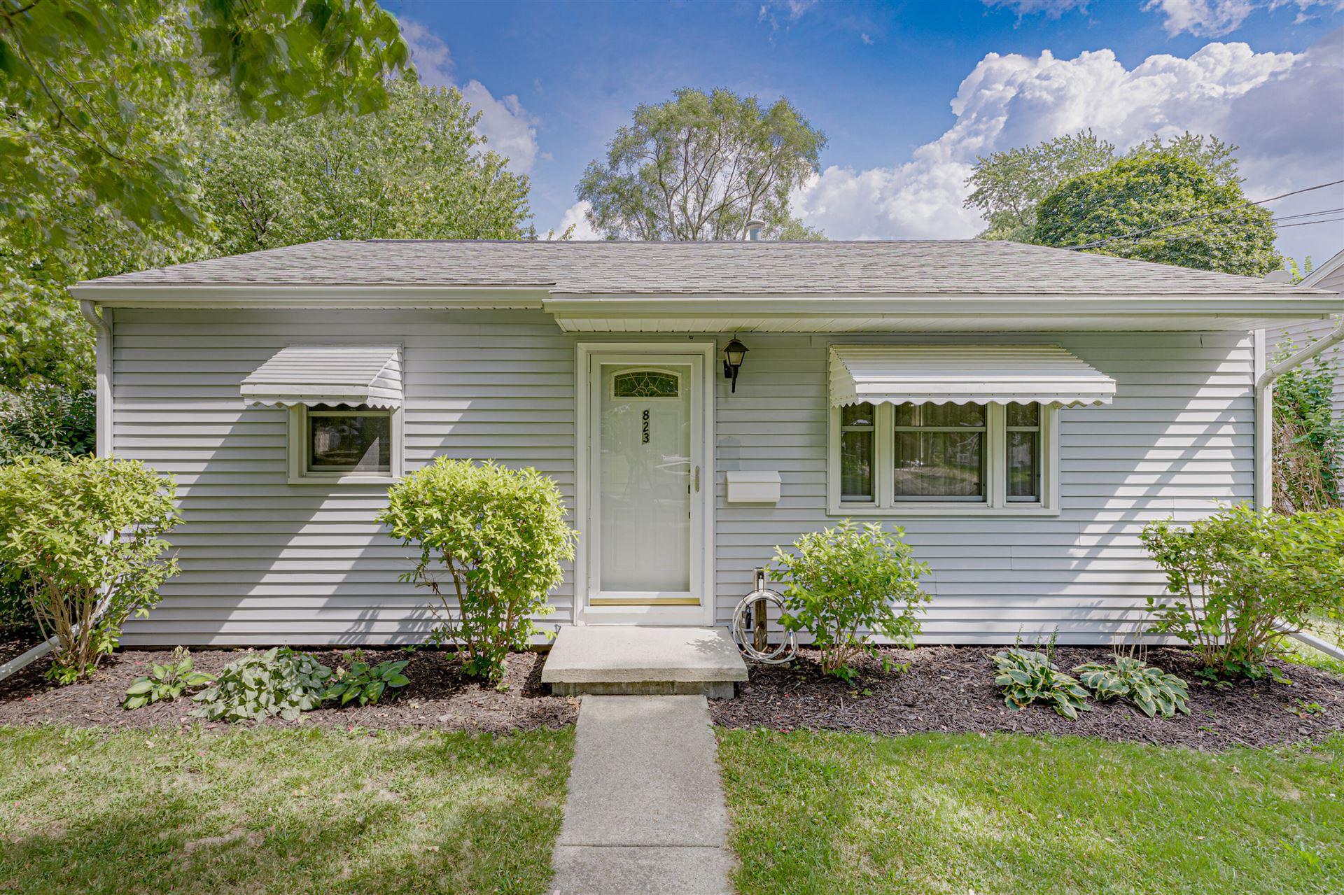 823 Seymour Avenue, Jackson, MI 49202 - MLS#: 21106128