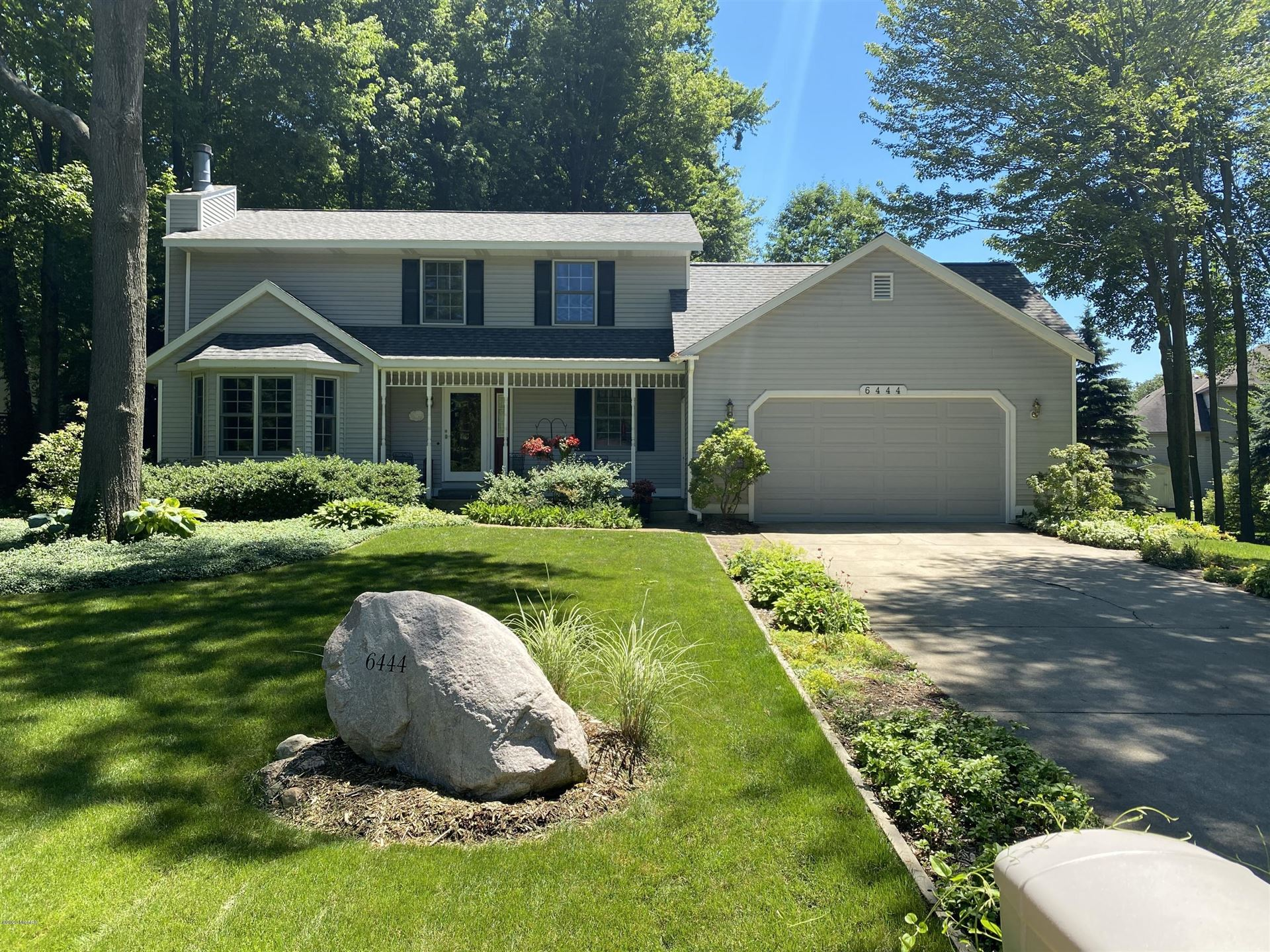 Photo of 6444 Kingsway Court, Holland, MI 49423 (MLS # 20024130)