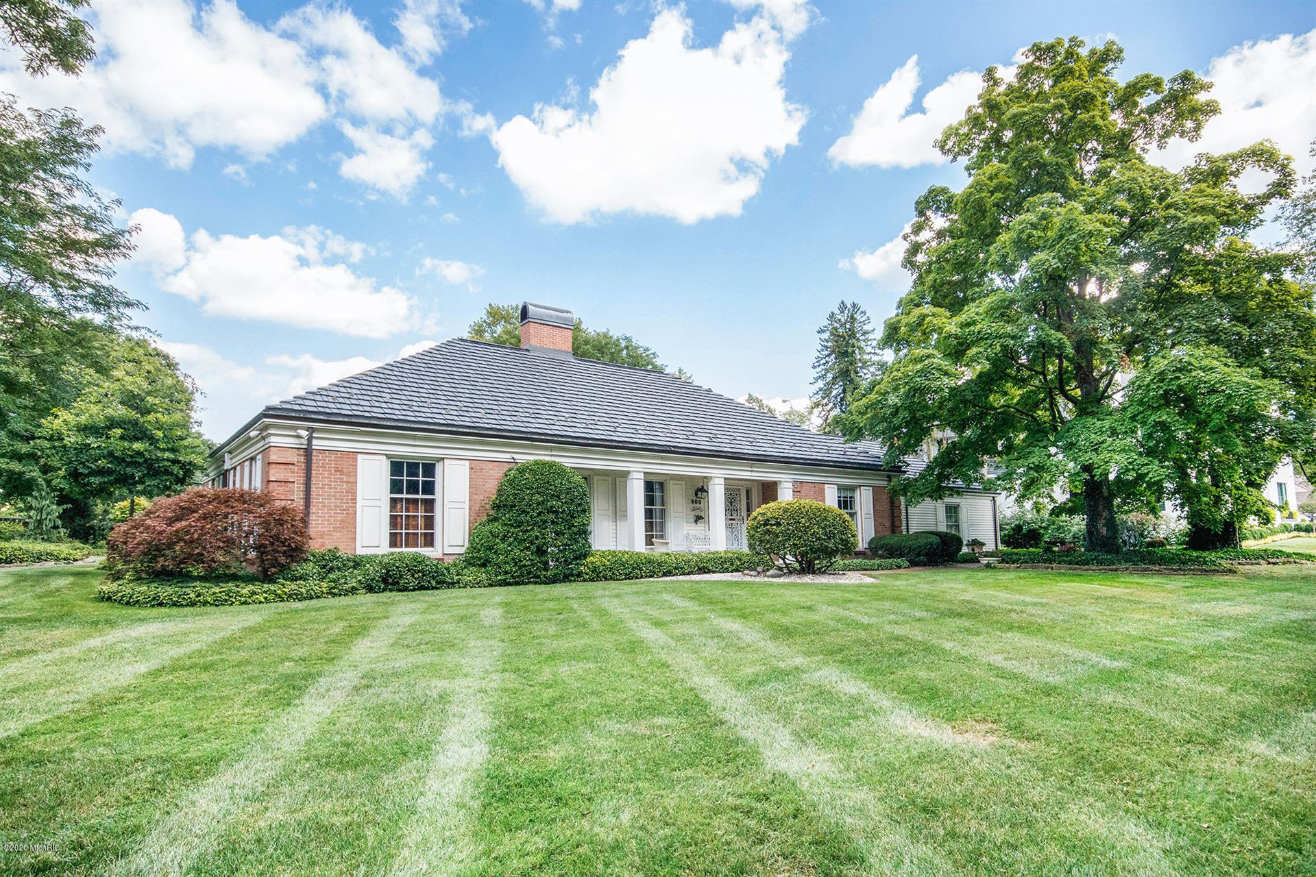 Photo of 900 Santa Barbara Drive SE, East Grand Rapids, MI 49506 (MLS # 20024135)