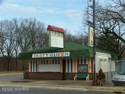Photo of 2106 S Getty Street, Muskegon, MI 49444 (MLS # 20002141)