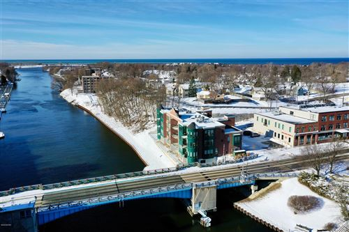 Photo of 80 Washington Street #4, Manistee, MI 49660 (MLS # 16057143)
