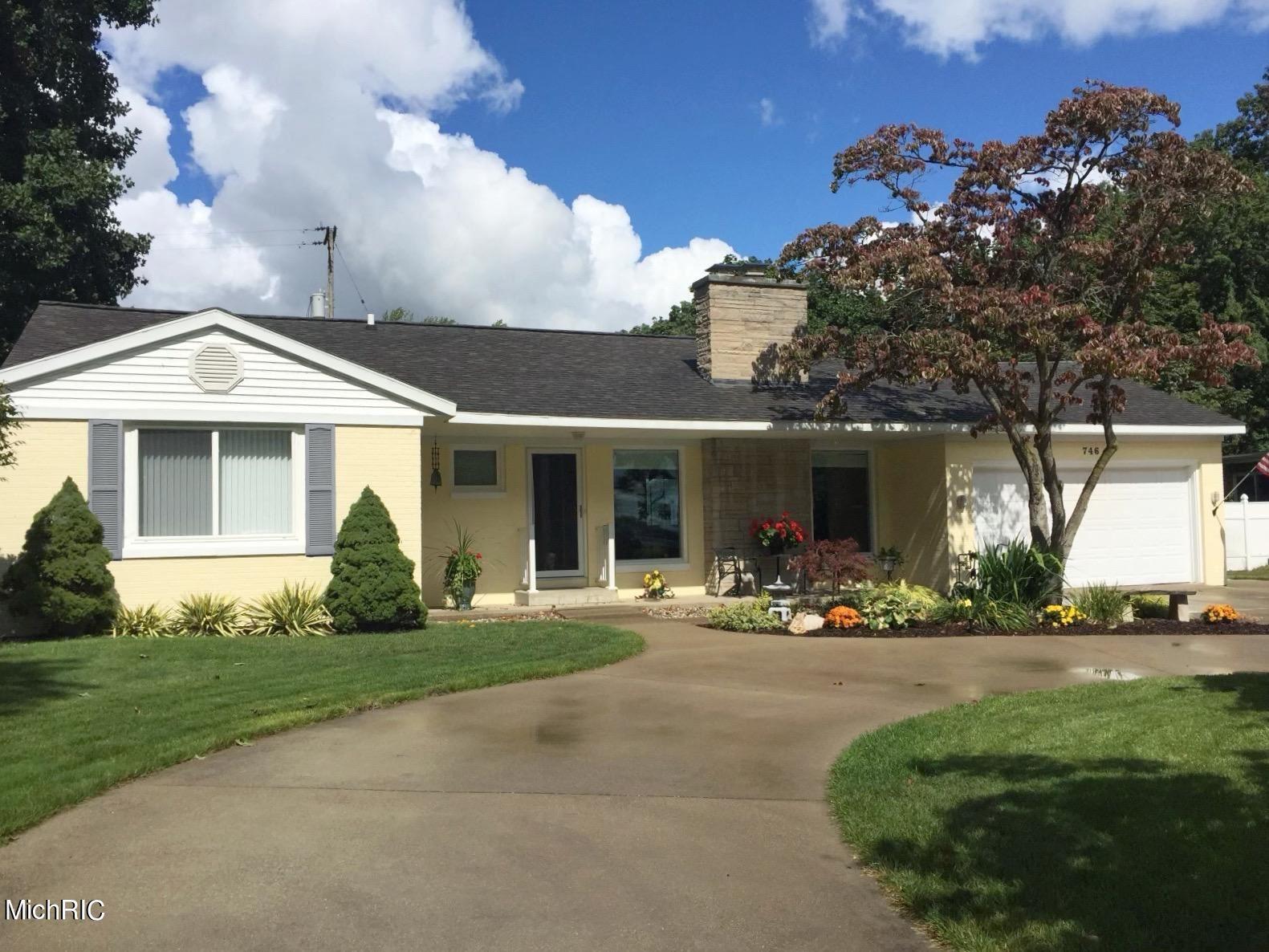 Photo of 746 Ruddiman Drive, Muskegon, MI 49445 (MLS # 21006147)