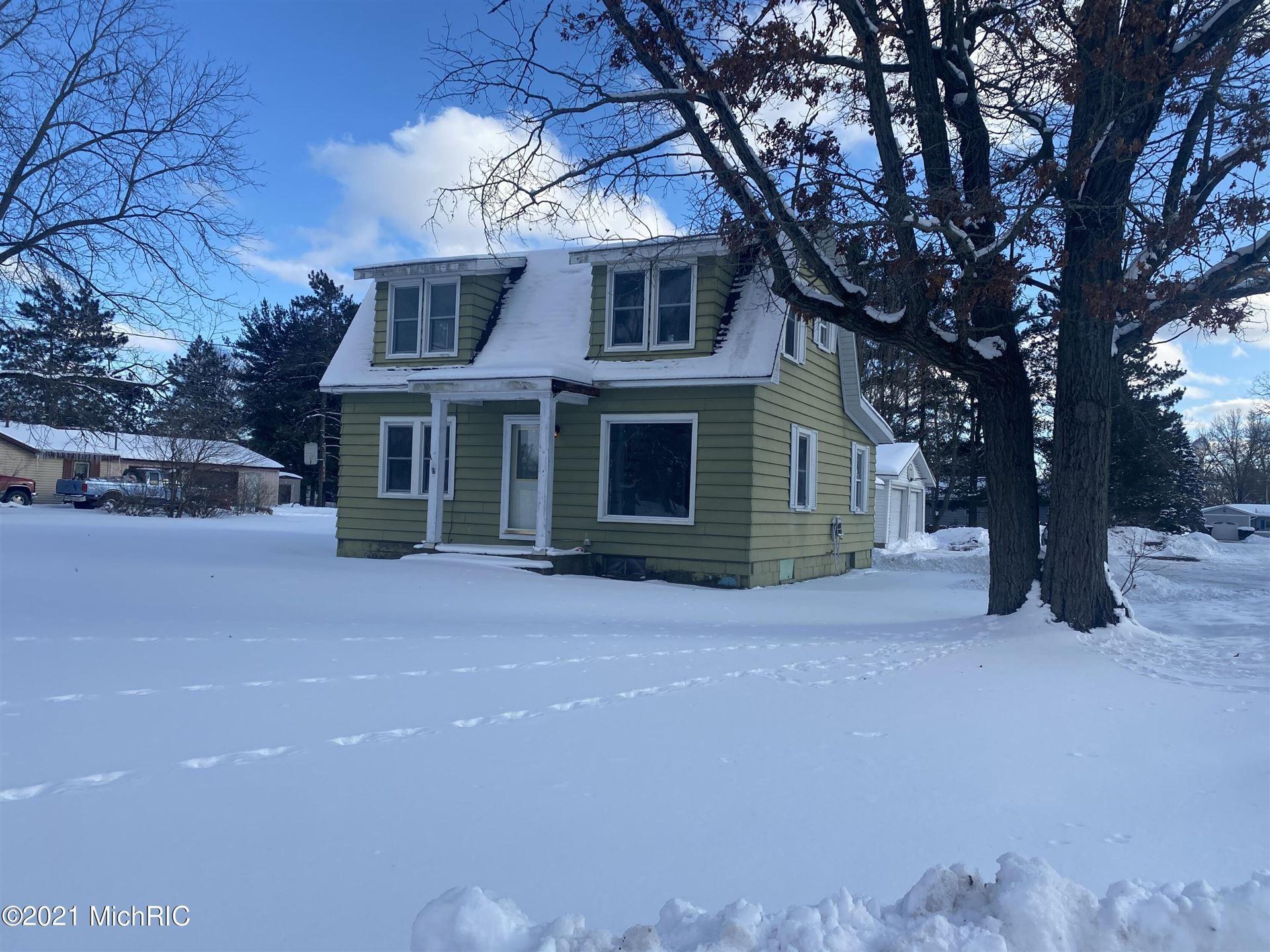 1408 E Pine Hill Avenue, White Cloud, MI 49349 - MLS#: 21004150