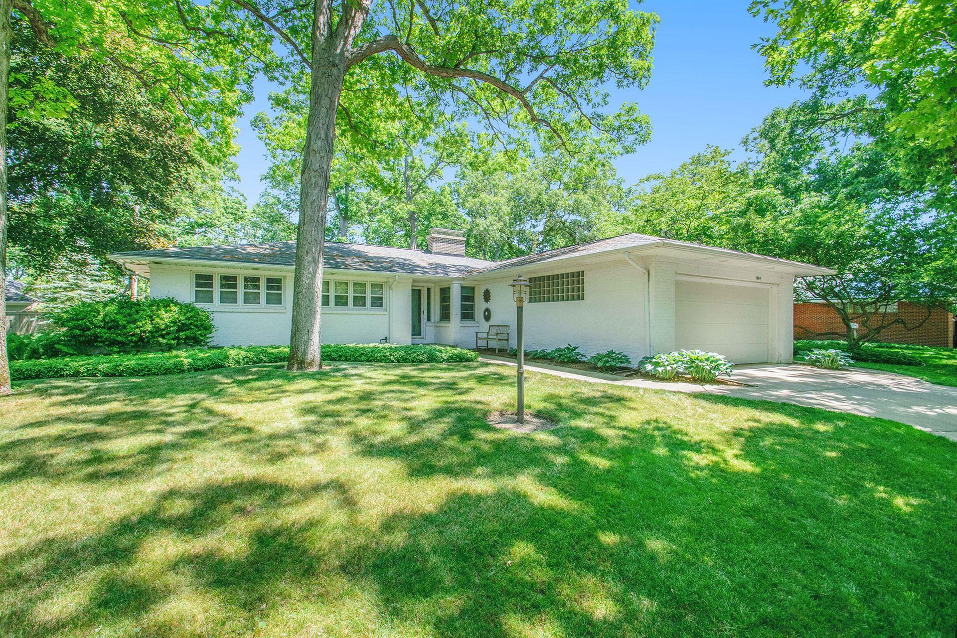 1064 Santa Barbara Drive SE, East Grand Rapids, MI 49506 - MLS#: 21102155