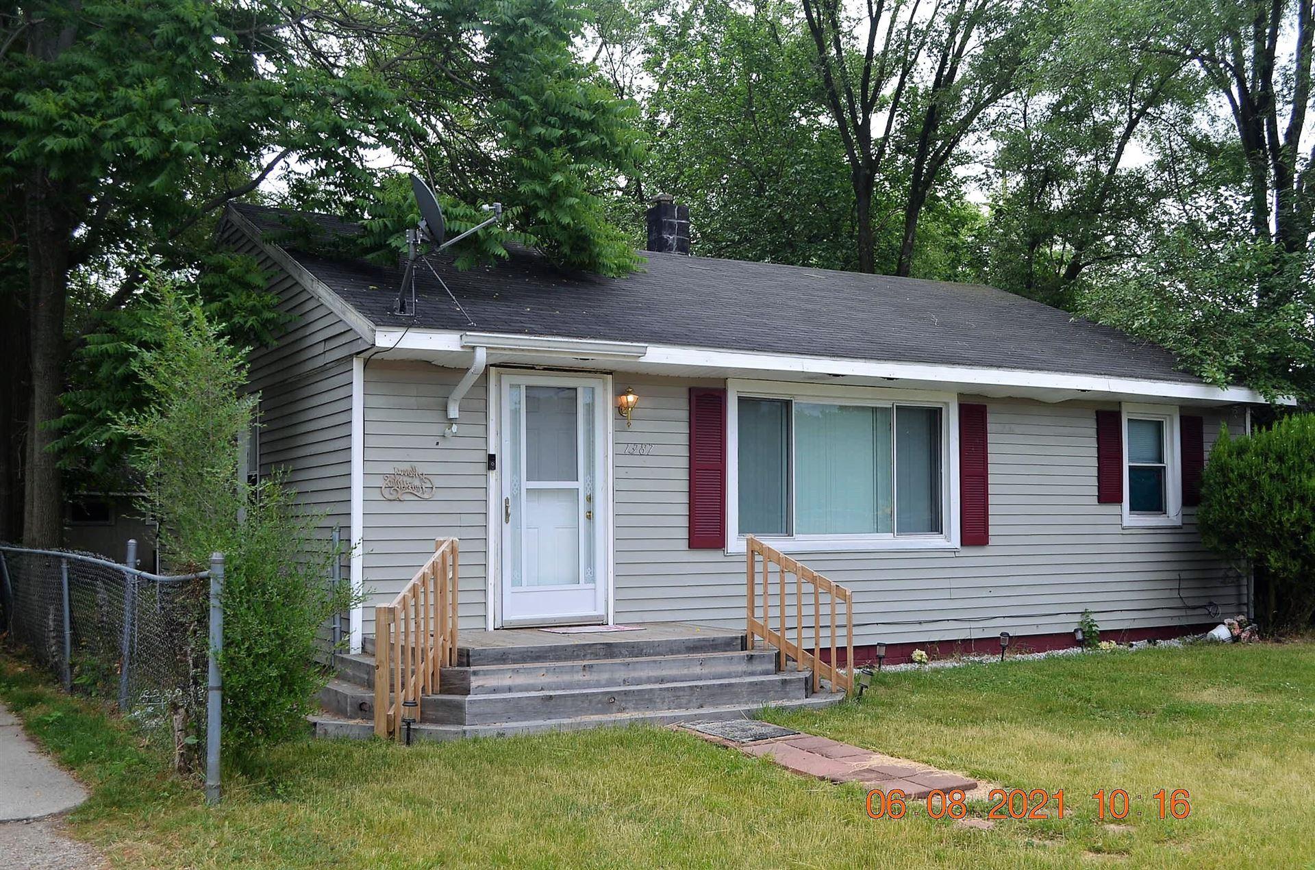 1387 Superior Street, Benton Harbor, MI 49022 - MLS#: 21022156