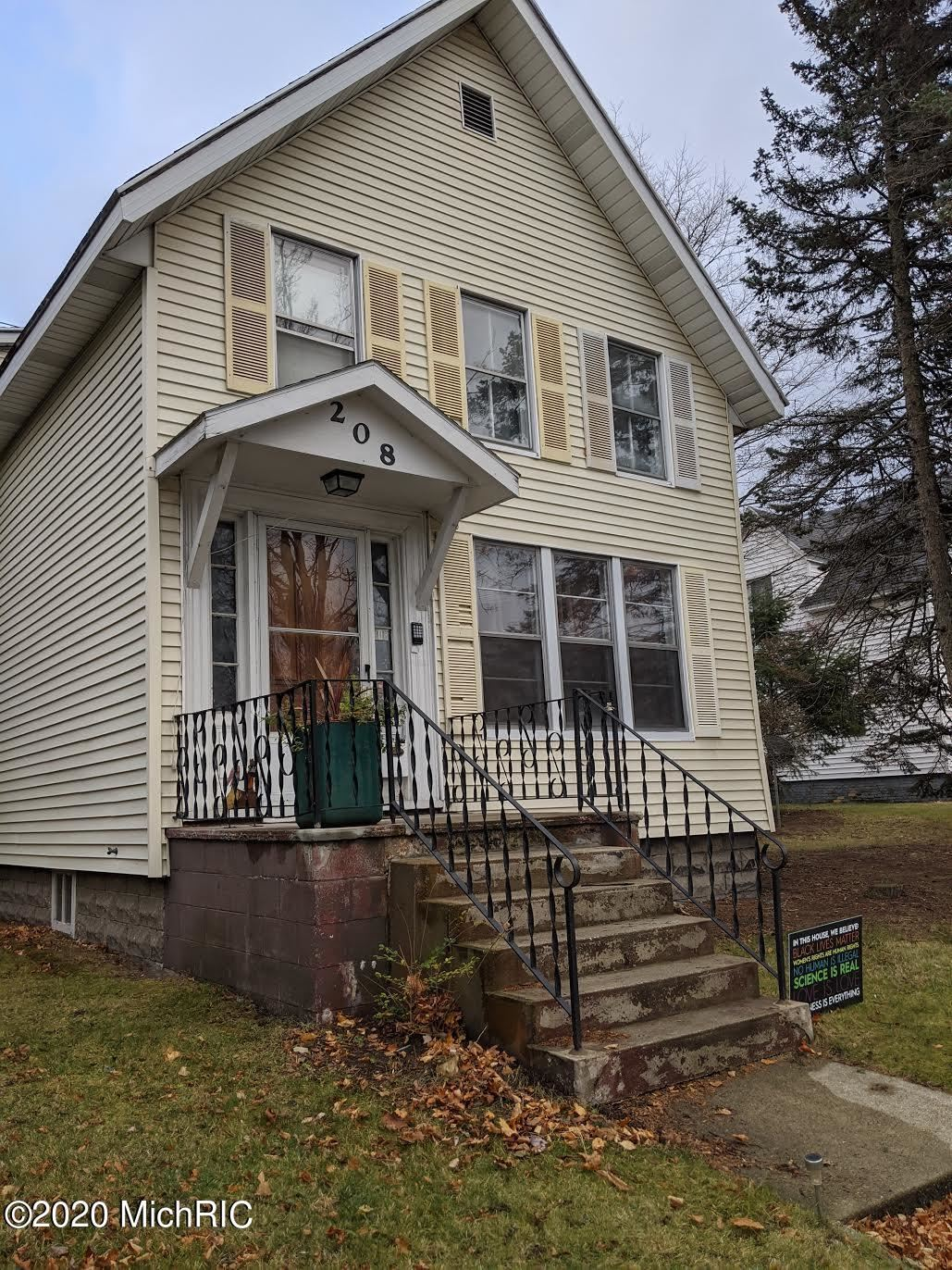208 N William Street, Ludington, MI 49431 - MLS#: 20049159