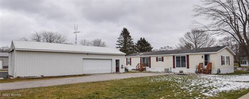 Photo of 709 W Channel Drive, Coldwater, MI 49036 (MLS # 21002163)