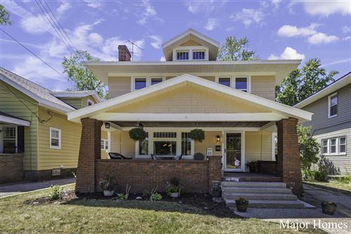 Photo of 2055 Union Avenue SE, Grand Rapids, MI 49507 (MLS # 21023163)