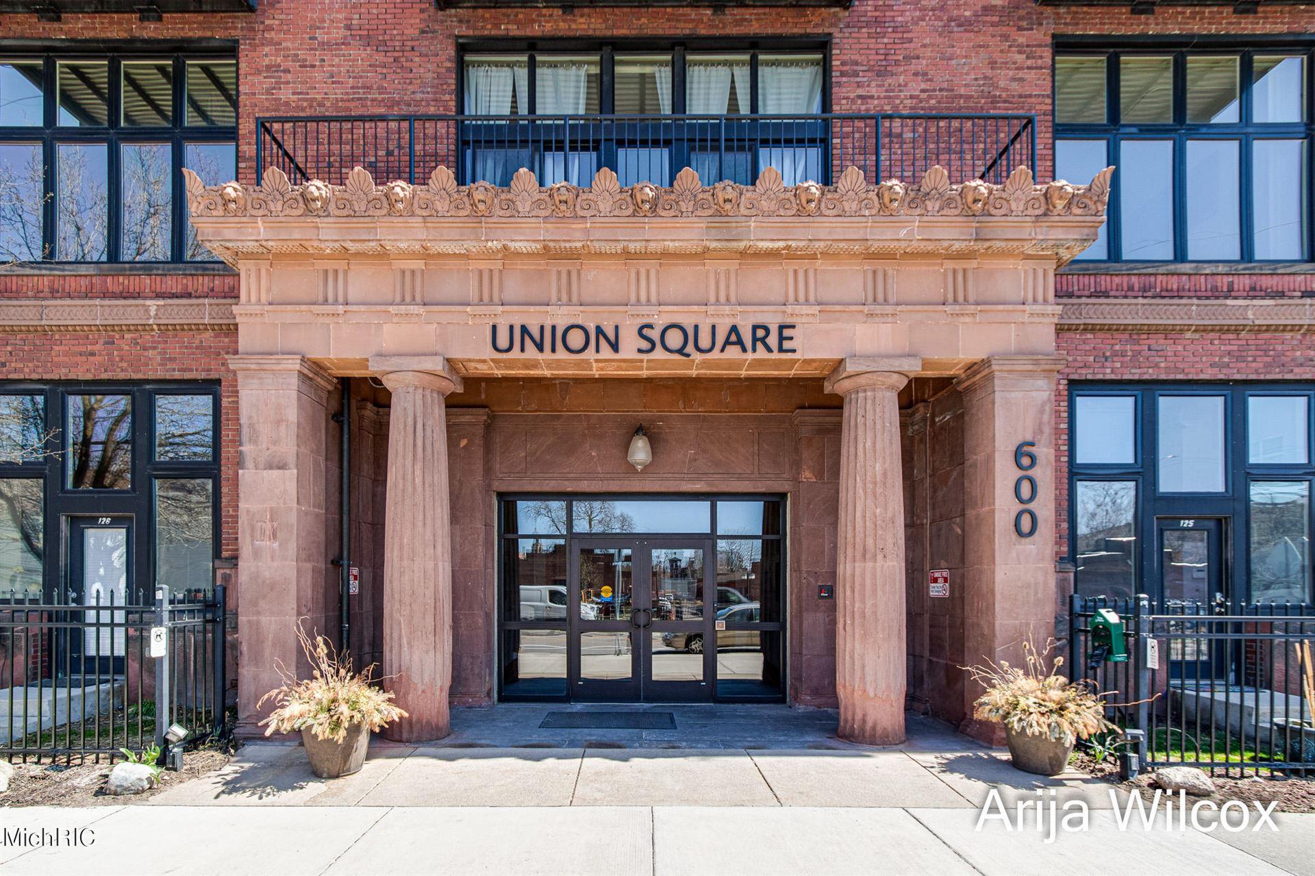600 Broadway Avenue NW #125, Grand Rapids, MI 49504 - MLS#: 21011166