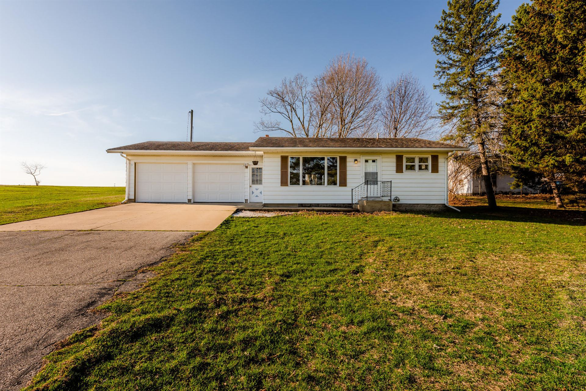 5638 Coloma Road, Coloma, MI 49038 - MLS#: 21010167
