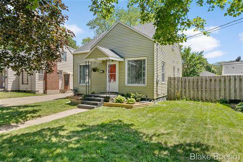 Photo of 1660 Widdicomb Avenue NW, Grand Rapids, MI 49504 (MLS # 21023168)