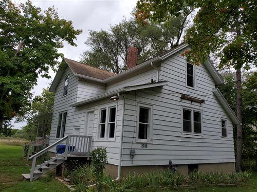 Photo of 2780 Somerlayton Road, Benton Harbor, MI 49022 (MLS # 21110168)