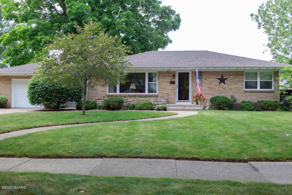 2541 Belknap Avenue NE, Grand Rapids, MI 49505 - MLS#: 20026168