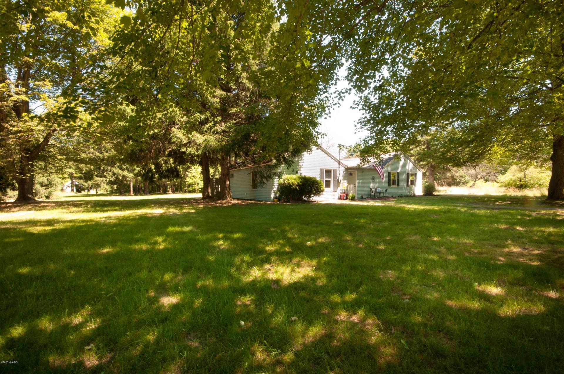 Photo of 6360 Quarterline Road, Spring Lake, MI 49456 (MLS # 20024172)
