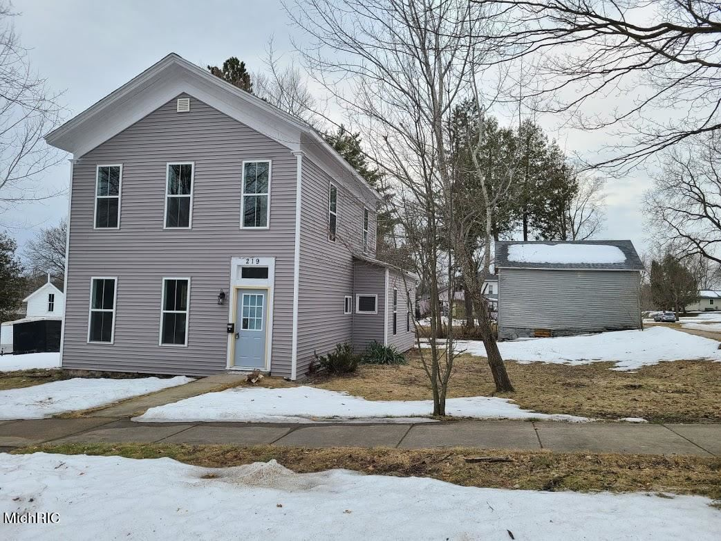 219 W Pine Street, Big Rapids, MI 49307 - MLS#: 21007172