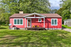 Photo of 813 Aylworth Avenue, South Haven, MI 49090 (MLS # 19051177)