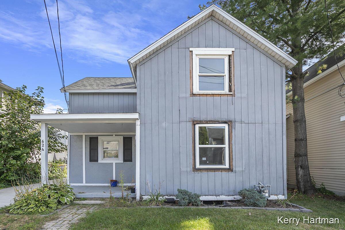 624 Lane Avenue NW, Grand Rapids, MI 49504 - MLS#: 21109177