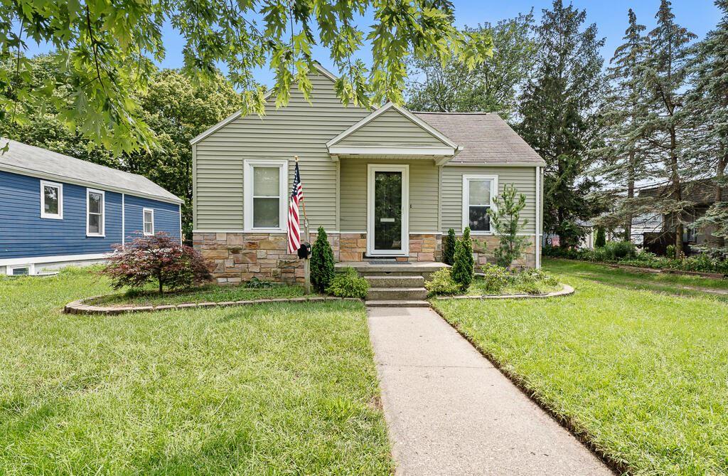 1508 Slayton Avenue, Grand Haven, MI 49417 - MLS#: 21100181