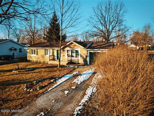 Tiny photo for 7 Walnut Street, Three Oaks, MI 49128 (MLS # 21001188)