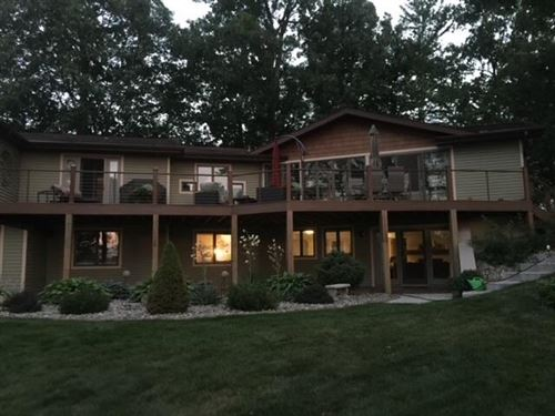 Photo of 2883 Country Club Way, Albion, MI 49224 (MLS # 21105191)